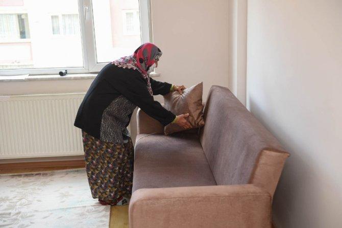 Sanatçı Haluk Levent duyurdu, Ülker teyze evine kavuştu