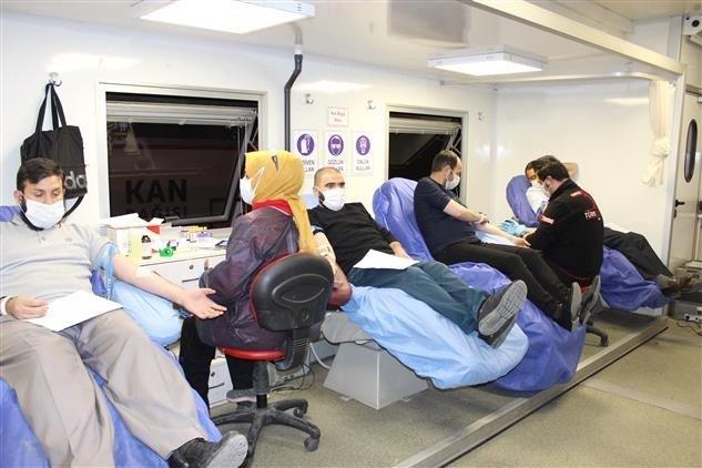 Bayburt'ta kan bağışı kampanyası düzenledi