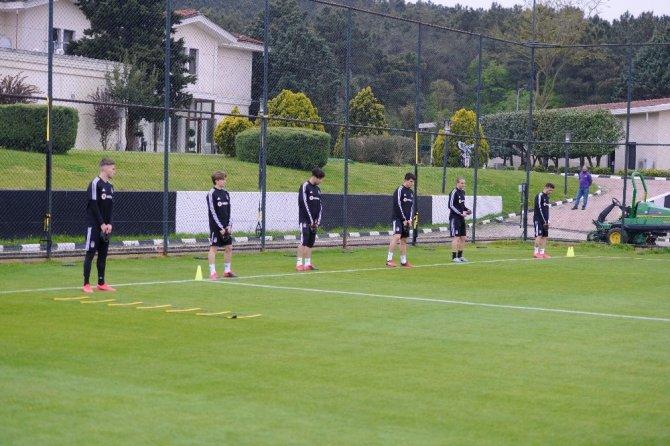 Beşiktaş gruplar halinde çalışmalara başladı