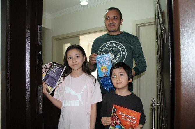 Bingöl'de evinde kalana kitap servisi