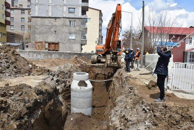 Tatvan'da altyapı çalışmaları devam ediyor