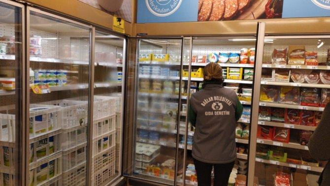 Korona virüs sürecinde halk sağlığını tehdit eden gıdalara el konuldu