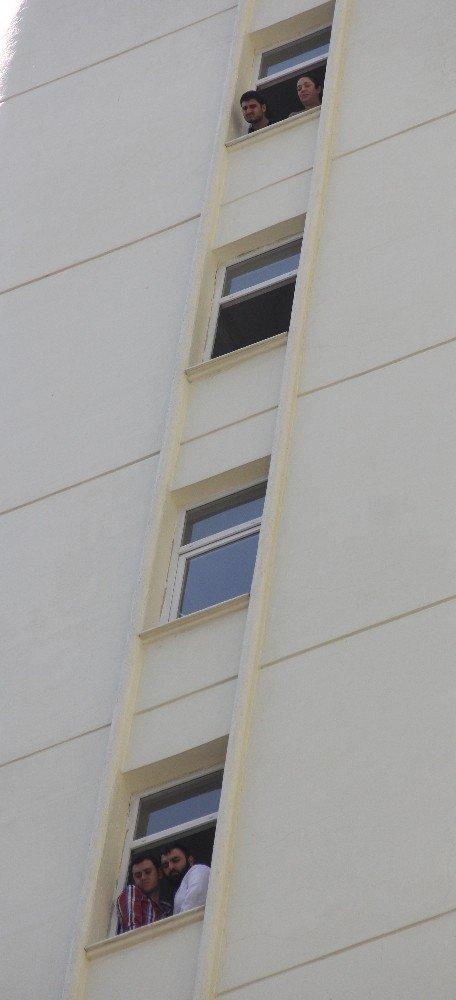 12'nci kattan düşen genç hayatını kaybetti