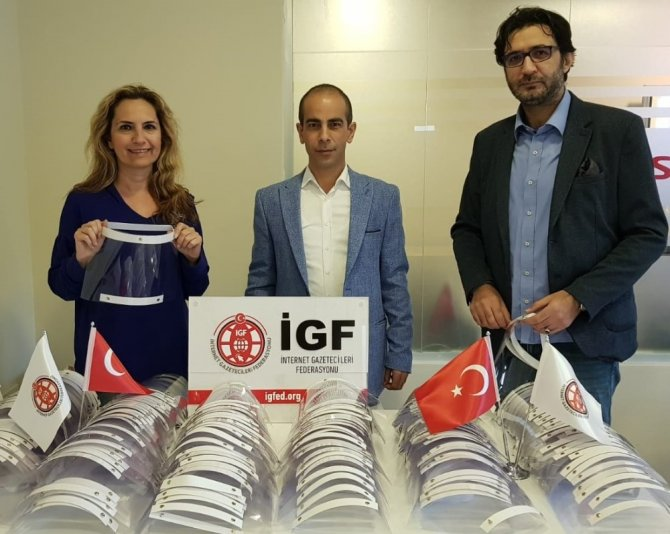 İGF'den gazetecilere siperlik maske desteği