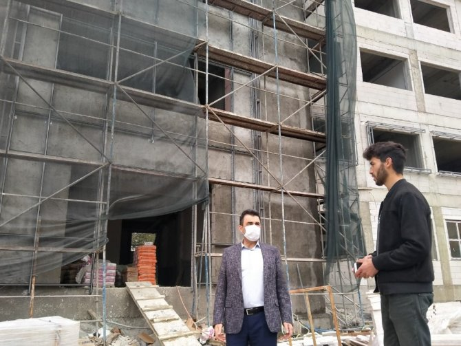 Safranbolu'da okul inşaatları devam ediyor