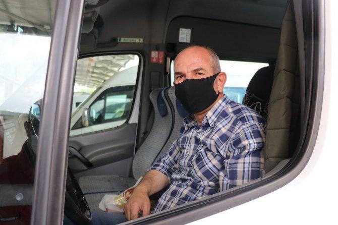 Malatya'dan 1 ay sonra ilk kez minibüs seferi yapıldı