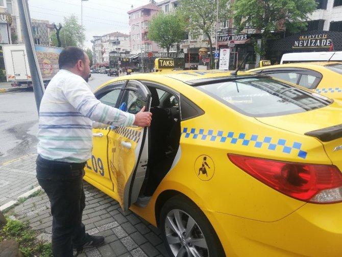 Yasak kalktı, taksiler yollara çıktı