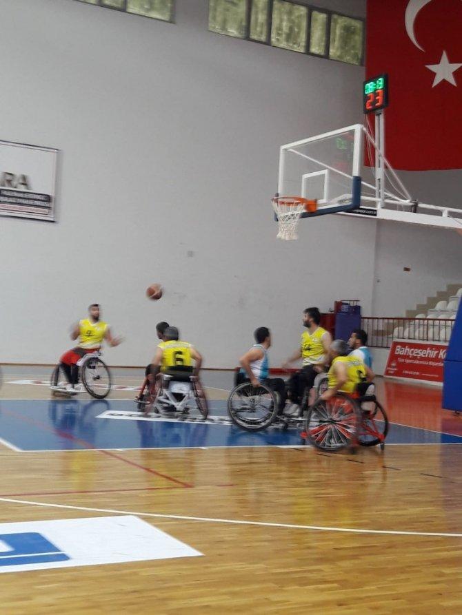 Melikgazi Belediyesi BESK Tekerlekli Sandalye Basketbol takımı ligi tamamladı