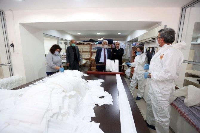 Büyükşehir 375 bin adet ücretsiz maske dağıttı
