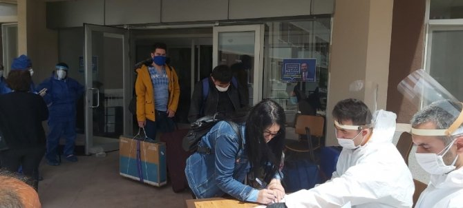 Niğde'de gözlem altında bulunan 232 Türk vatandaşı evlerine gönderildi
