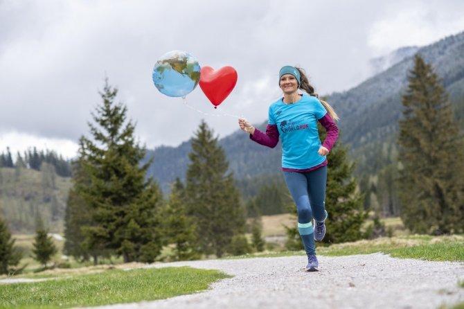 Bütün dünyada 77 bin kişi omurilik felçlilerine umut olmak için koştu