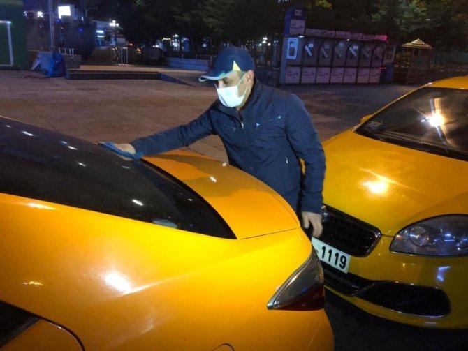 Taksilerdeki tek ve çift plaka uygulaması kalktı taksiciler durakları doldurdu