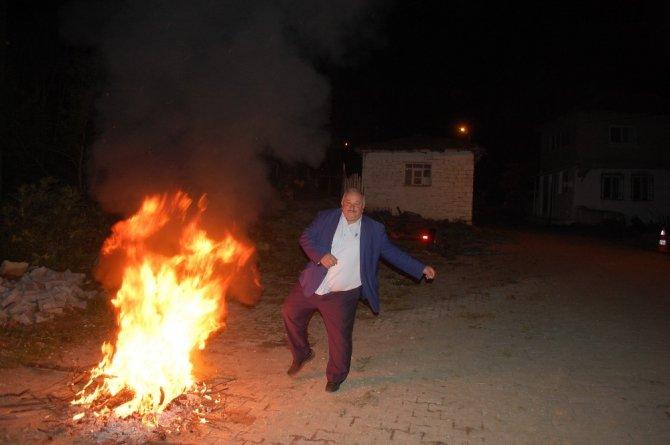 Malkara'da hıdrellez ateşi yakıldı