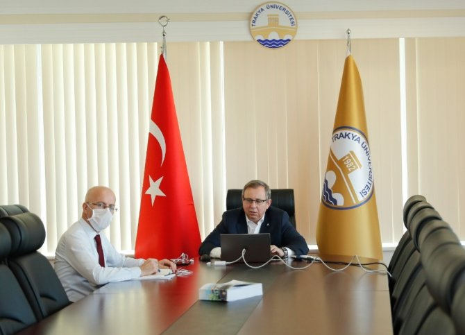 Trakya Üniversitesi'nin öğrenci senatosu dijital ortamda toplandı
