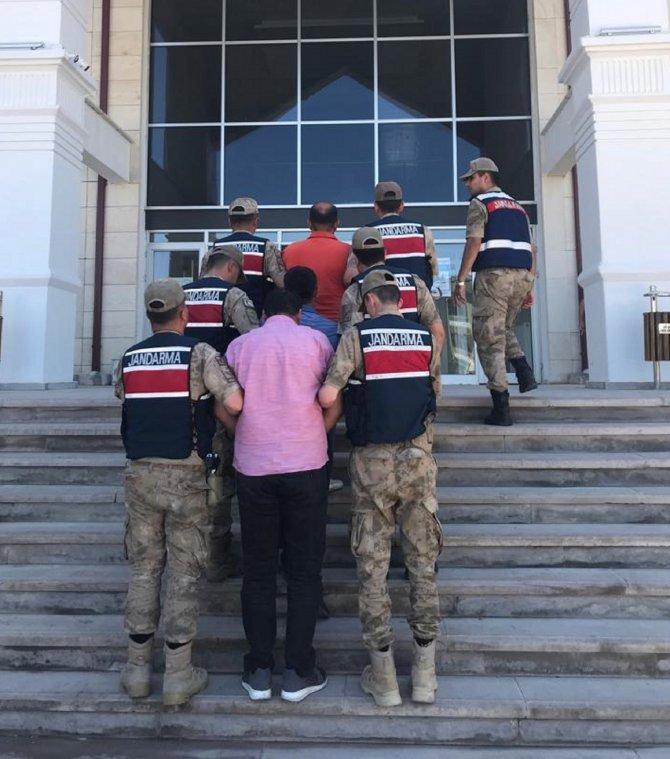 Köyde, 'jandarma komutanıyım' yalanıyla 100 bin TL'lik dolandırıcılık (2)