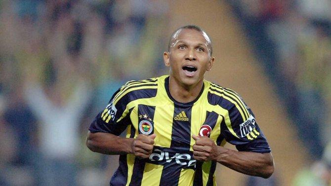 Aurelio, Fenerbahçe'de göreve başladı