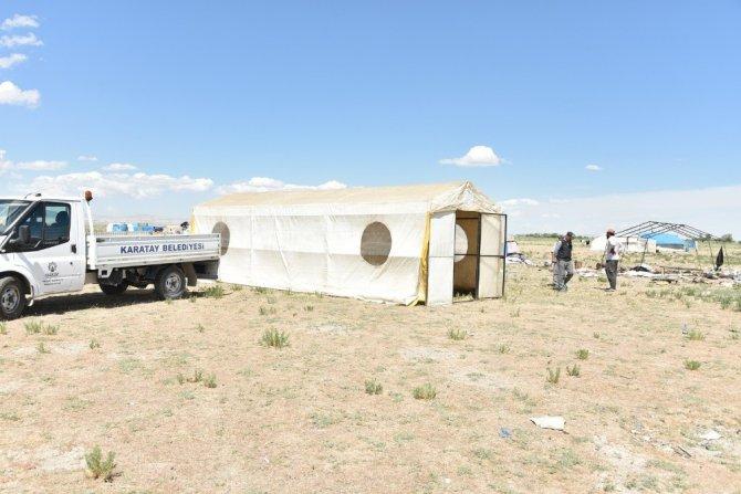 Çadırı yanan aileye Karatay Belediyesi el uzattı