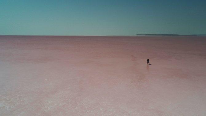 Tuz Gölü pembe renge büründü! Sebebi ise...