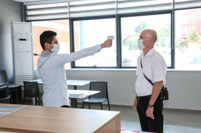 Meram Belediyesi spor tesislerini açtı: 1 saatte en fazla 10 kişi