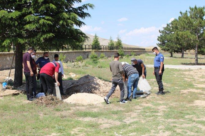 Konya'da toprağa gömülü çocuk cesedi bulunması