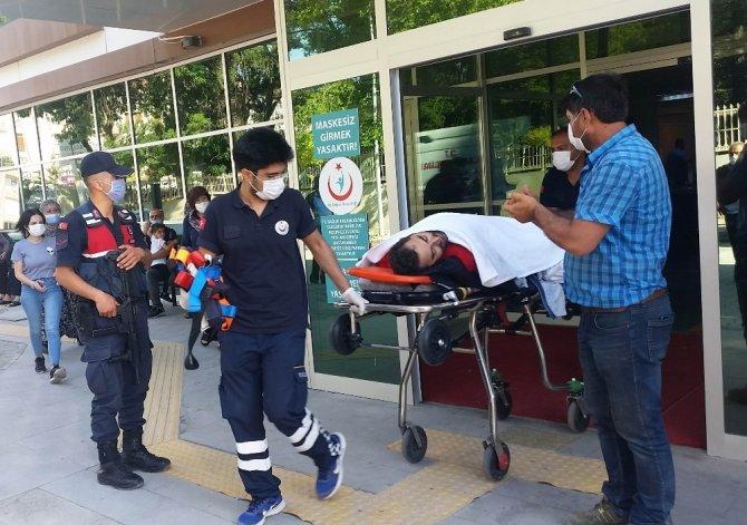Konya'da otomobille motosiklet çarpıştı
