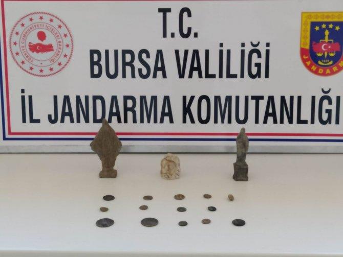Bursa'da tarihi eser kaçakçıları suçüstü yakalandı