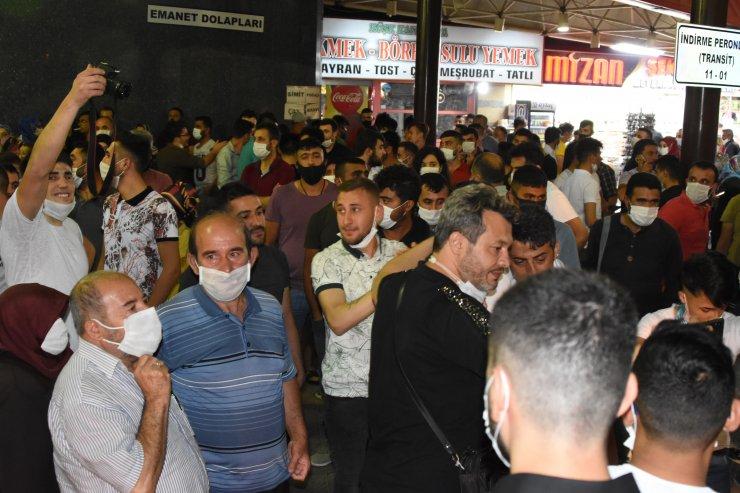 Konya'da sosyal mesafesiz asker uğurlaması