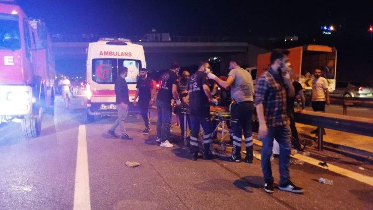 Gebze'de yolcu otobüsü devrildi: 1 ölü, 14 yaralı
