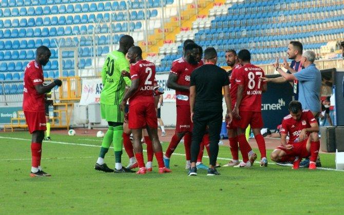 Sivasspor fırsat tepti