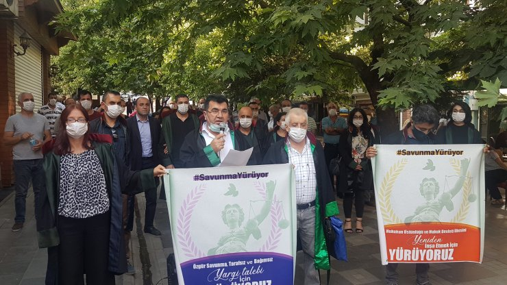 Tunceli'de, avukatlardan 'çoklu baro' protestosu