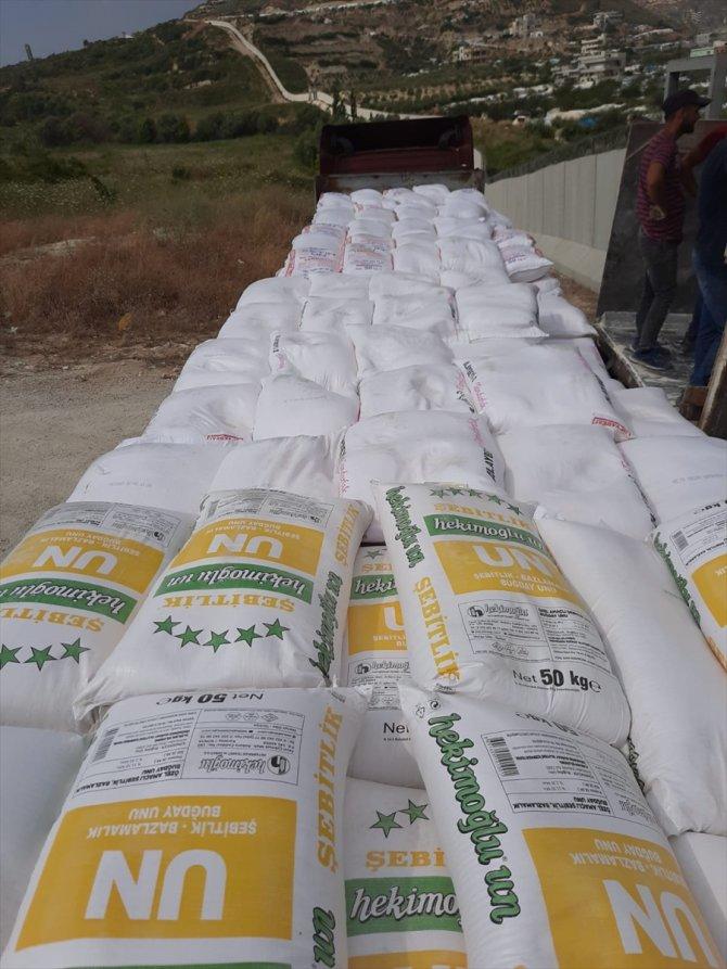 İdlib'e 8 tır insani yardım gönderildi