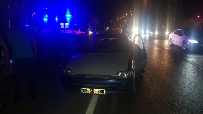 Tır ani fren yapan otomobile çarptı: 1 yaralı