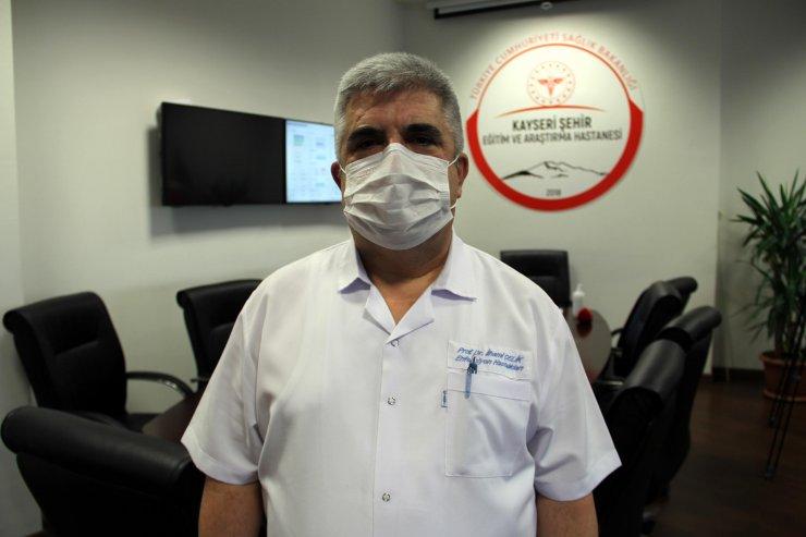 Bilim Kurulu üyesi Çelik: 'Aşı bulundu' haberleri gevşemeye yol açıyor