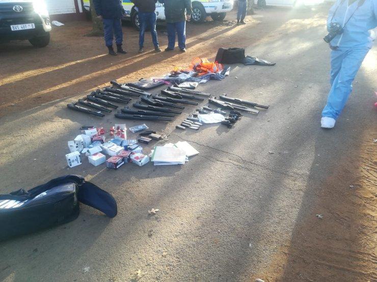 Güney Afrika'da bir kiliseye silahlı baskın: 5 ölü