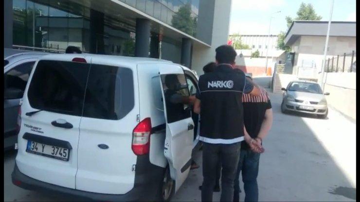 Bursa'da uyuşturucuya 3 tutuklama