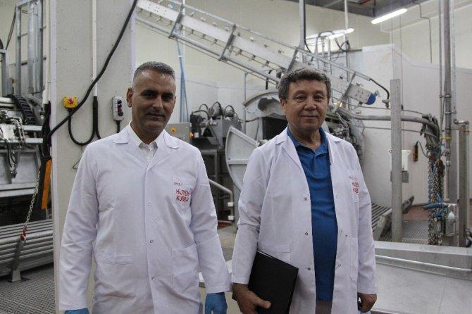 Konya'da pandemi sürecine uygun hijyenik kurban kesimi için kollar sıvandı