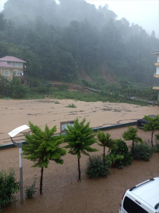 Rize'deki sel! 1 kişi kayıp