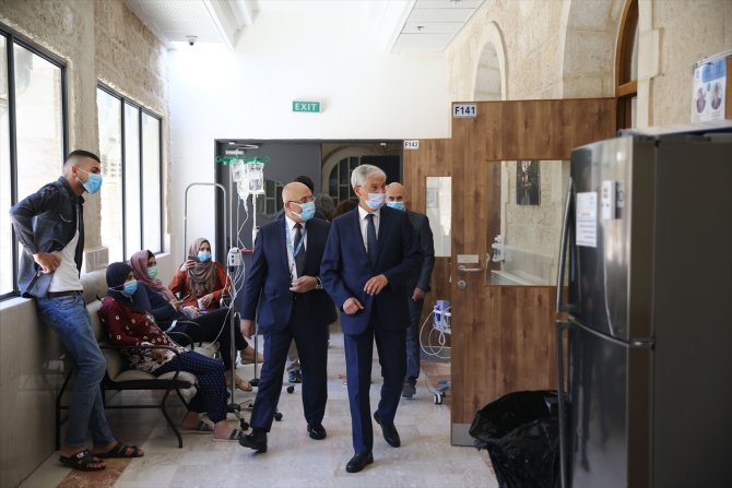 TİKA'dan Kudüs'te Kovid-19'la mücadeleye tıbbi ekipman desteği