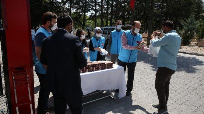 15 Temmuz şehitleri için 251 Kur'an-ı Kerim hediye edildi