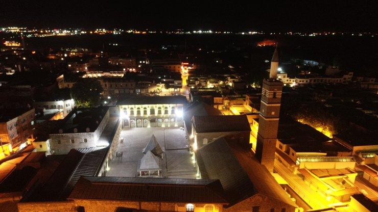 Diyarbakır'da 15 Temmuz şehitleri için sela okundu