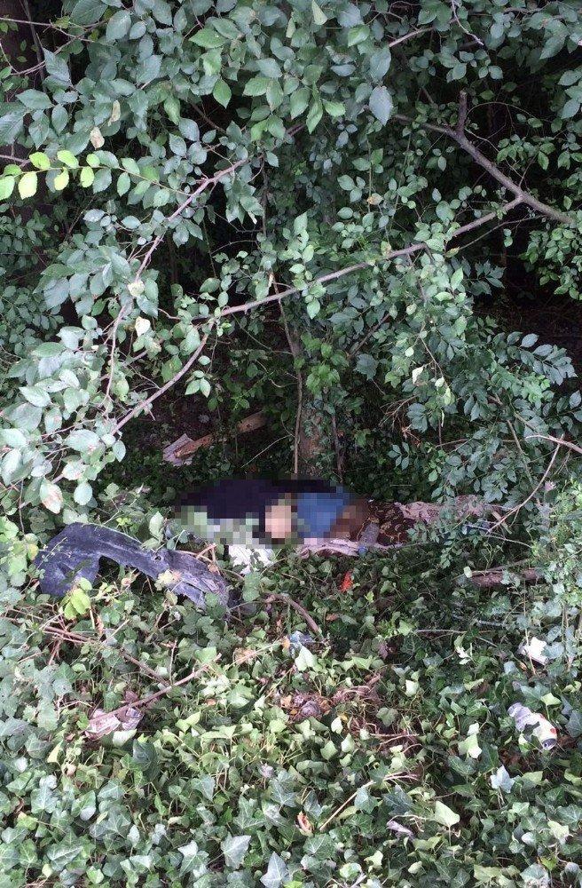 Otoyol kenarında erkek cesedi bulundu