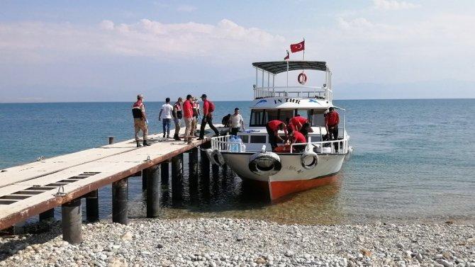 Van Gölü'nden 1 ceset daha çıkarıldı