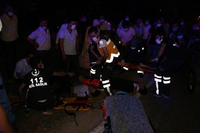 Otomobil ile motosiklet kafa kafaya çarpıştı: 2 yaralı