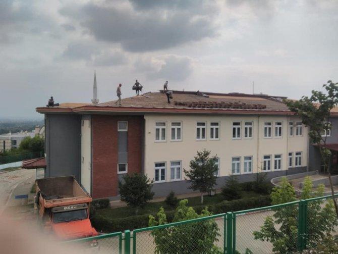 19 yıl sonra okulun çatısı yenileniyor