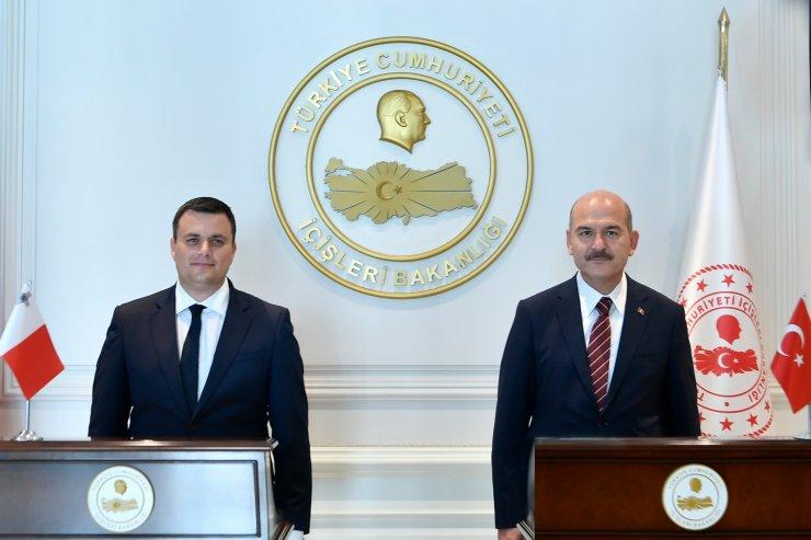 Bakan Soylu, Maltalı mevkidaşı ile görüştü