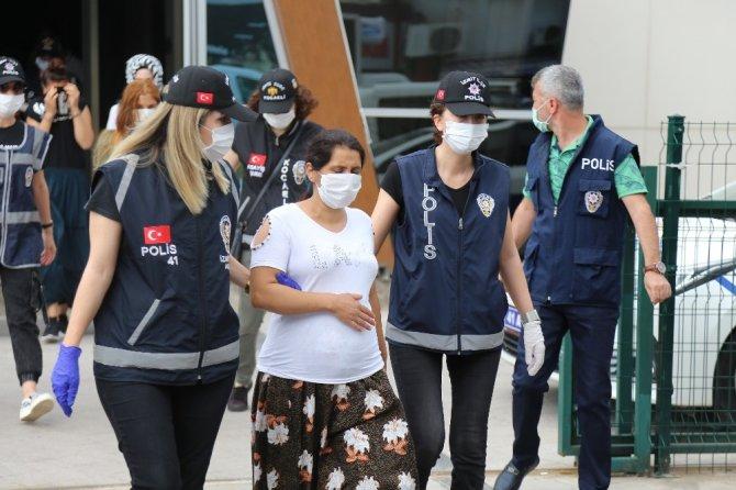 Kocaeli'de 5 evi soyan 4 kişi tutuklandı