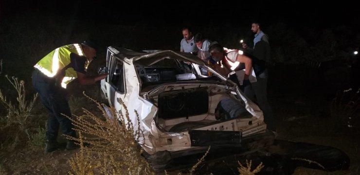 Piknikten dönen gençler kaza yaptı: 1 ölü, 2 yaralı