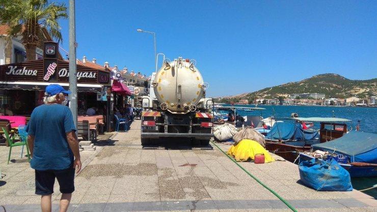 93 saat susuz kalan Foçalılar: Denizden evlerimize su taşıdık