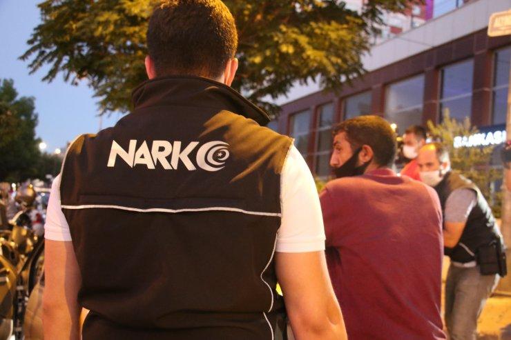Ankara'da 300 polis ile 'uyuşturucu madde' uygulaması