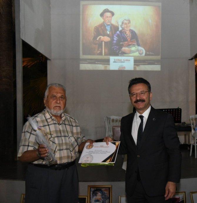 Aydın'da yaşlı çınarlar ödüllendirildi